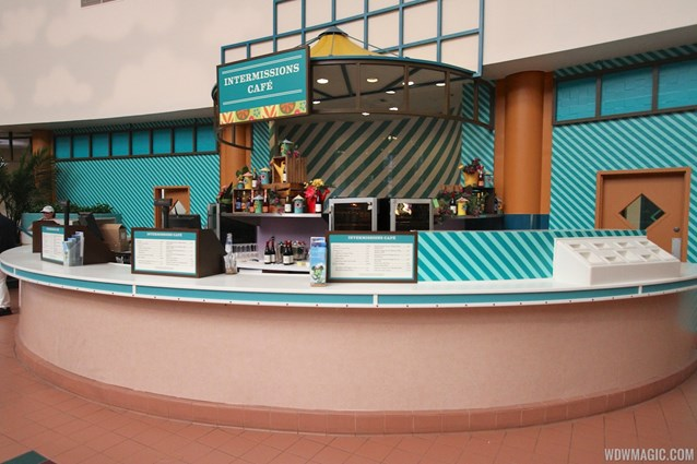 Epcot International Flower and Garden Festival - 2013 Epcot Flower and Garden Festival - Garden Marketplace - Intermissions Cafe kiosk
