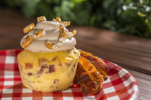 Epcot International Flower and Garden Festival - 'Piggylicious' bacon cupcake with maple frosting and pretzel crunch