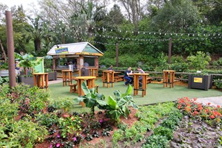 2014 Epcot Flower and Garden Festival Outdoor Kitchen kiosks - Florida Fresh kiosk
