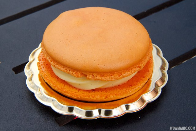 2014 Epcot Flower and Garden Festival Outdoor Kitchen kiosk - Fleur de Lys France - Macaron a la Fleur d' Oranger $5.00