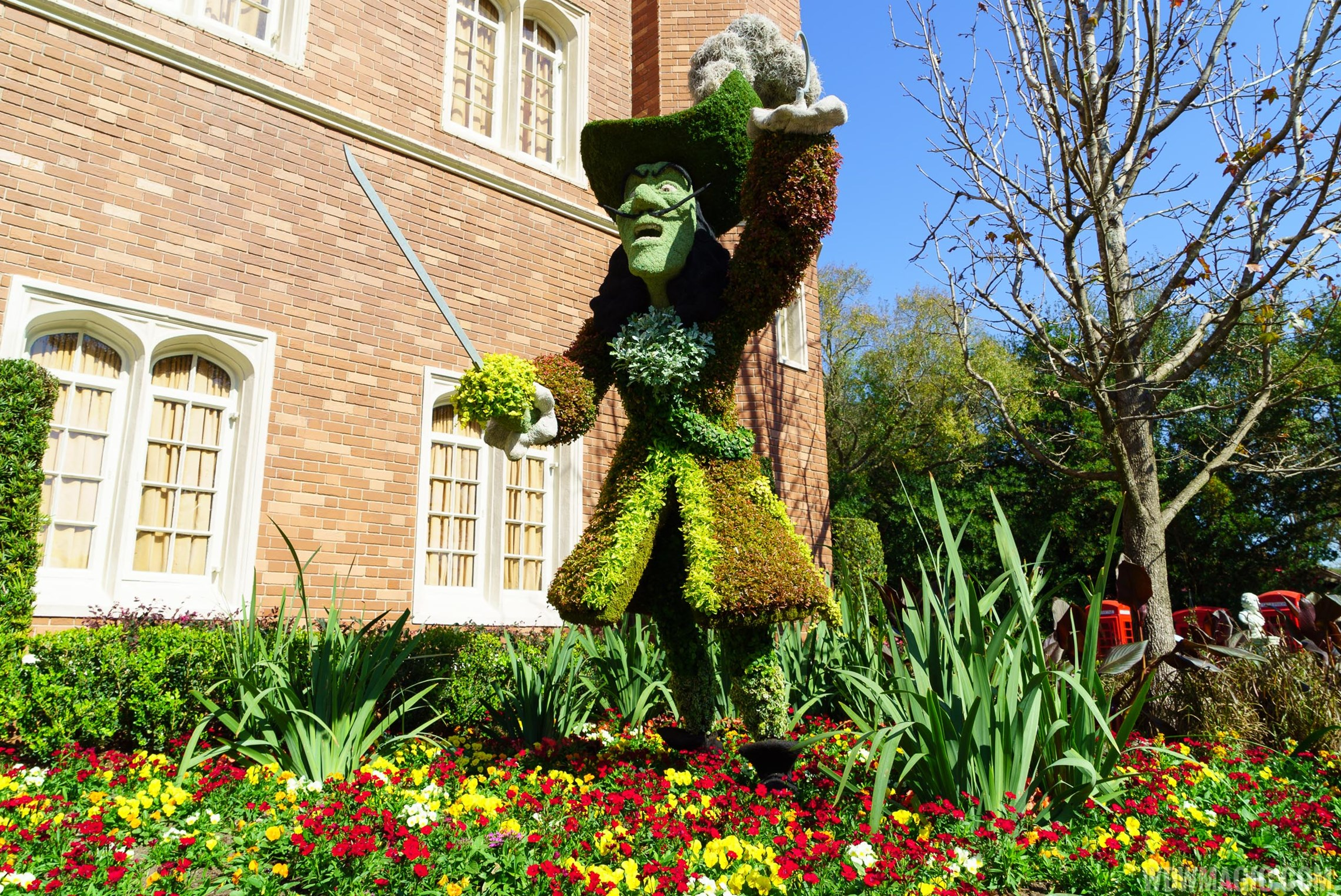 2016 Epcot International Flower and Garden Festival topiary tour 51 o