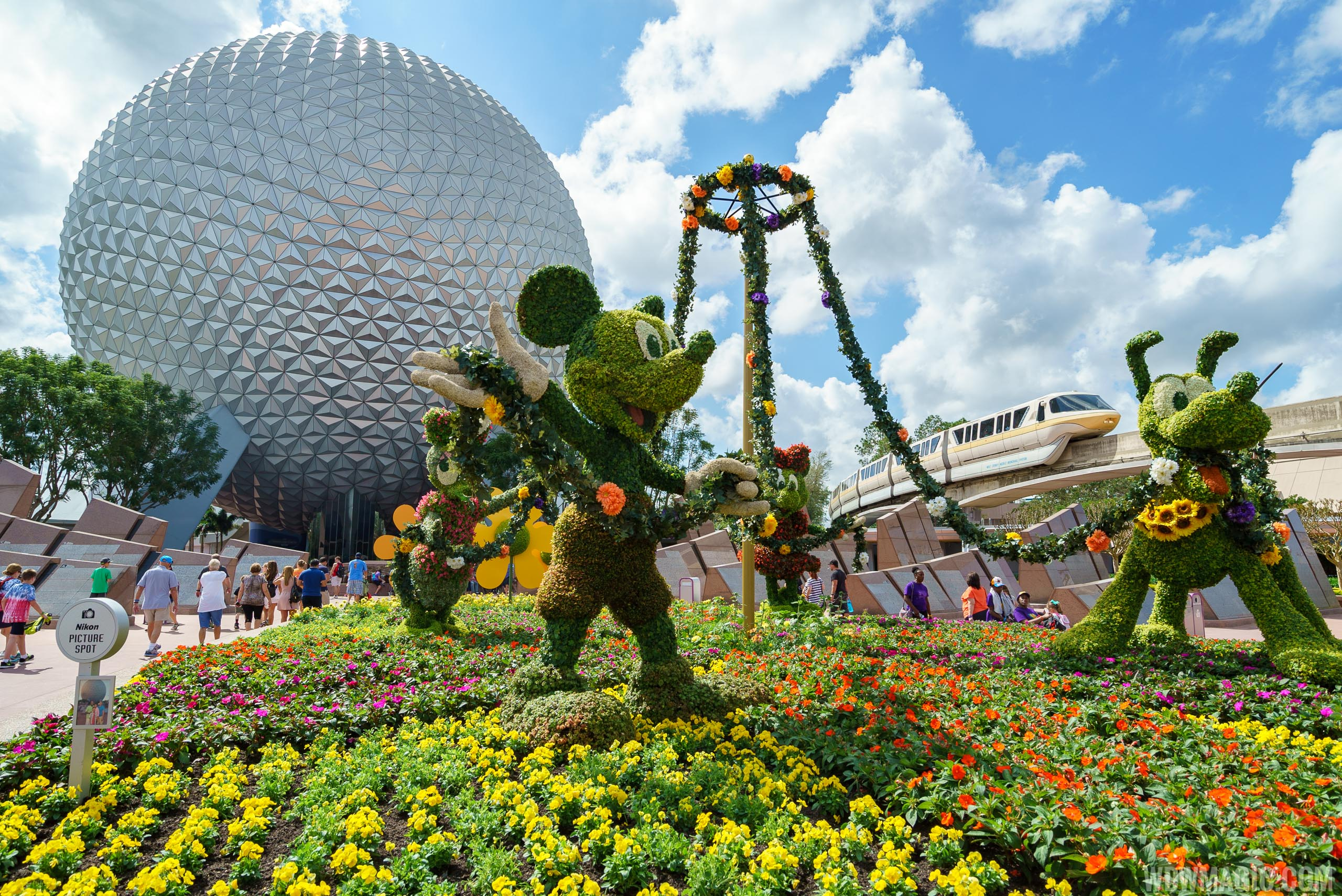 photos 2017 epcot international flower and garden festival