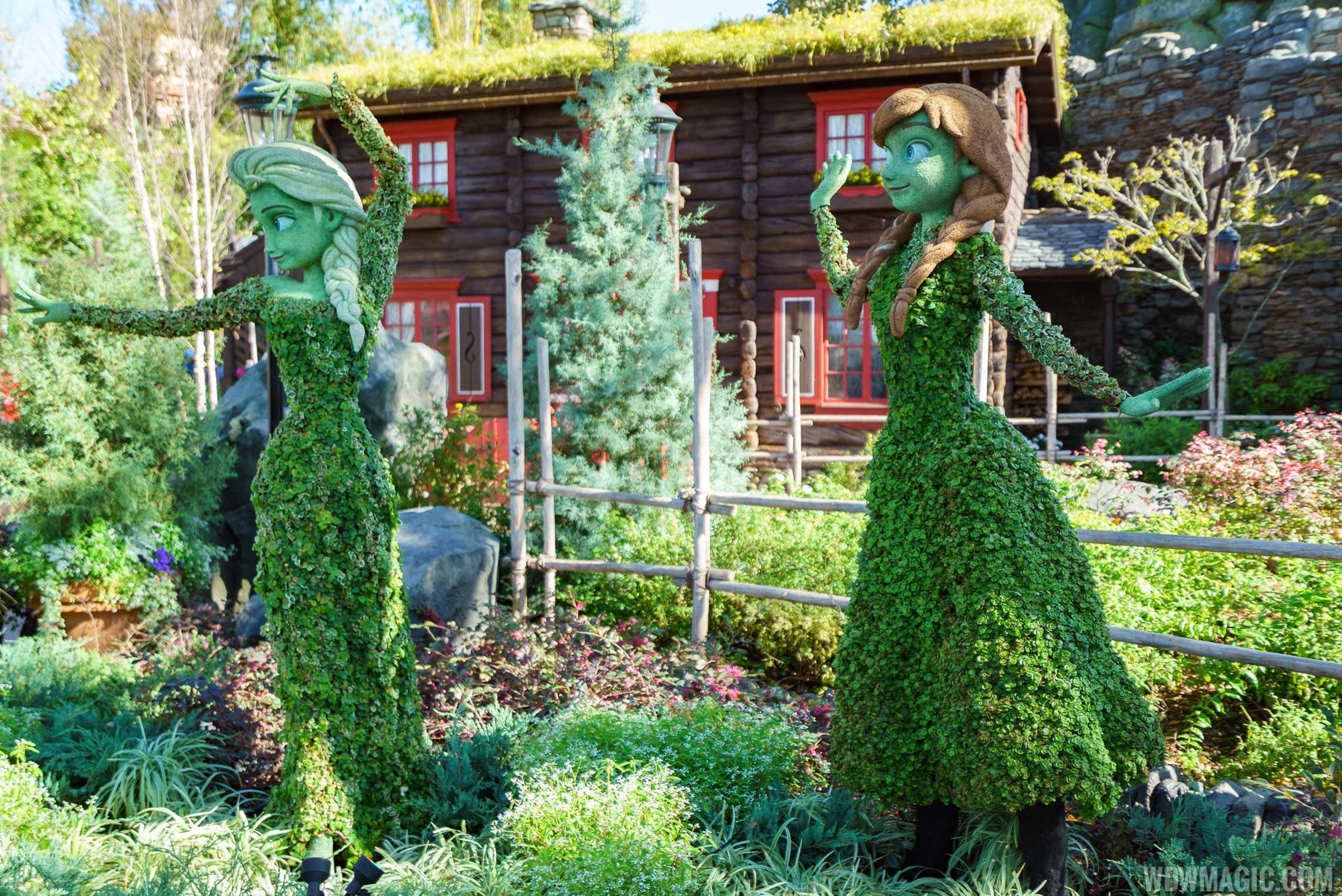 2017 Flower and Garden Festival - Anna and Elsa at the Norway Pavilion