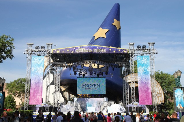 'Frozen' Summer Fun - Live at Disney's Hollywood Studios - Frozen Summer Fun - Stage setup for welcome