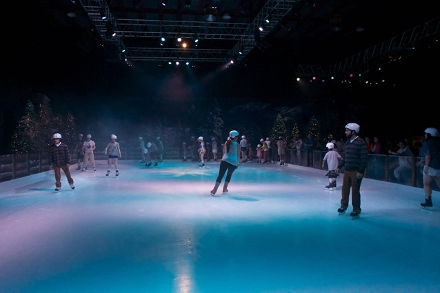'Frozen' Summer Fun - Live at Disney's Hollywood Studios - Frozen Summer Fun - Frozen Funland skating area