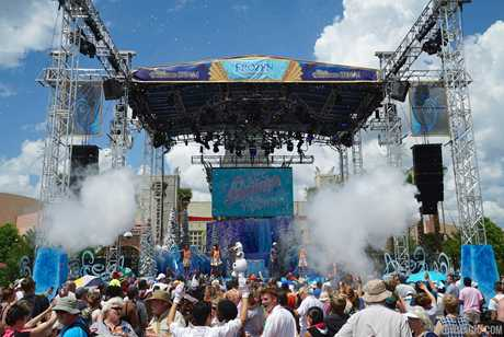 'Frozen' Summer Fun - Live at Disney's Hollywood Studios
