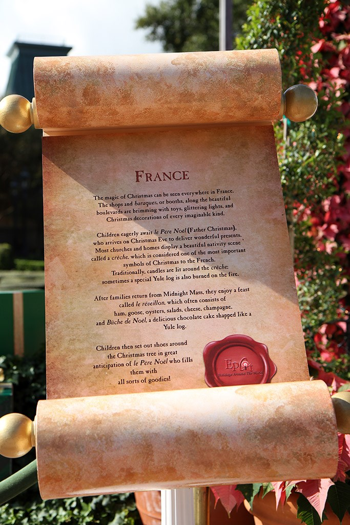 Holiday Storytellers - France - Pere Noel