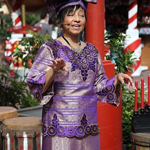 3 of 6: Holidays Around the World at Epcot - Holiday Storytellers - The American Adventure - Kwanzaa