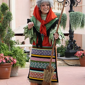 2 of 8: Holidays Around the World at Epcot - Holiday Storytellers - Italy - La Befana