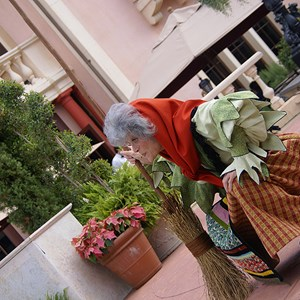 5 of 8: Holidays Around the World at Epcot - Holiday Storytellers - Italy - La Befana