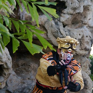 5 of 6: Holidays Around the World at Epcot - Holiday Storytellers - China - The Monkey King