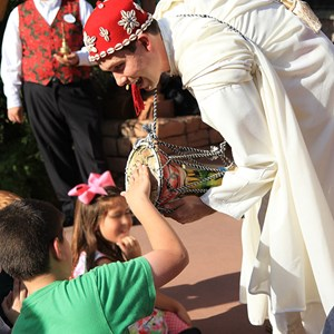 6 of 6: Holidays Around the World at Epcot - Holiday Storytellers - Morocco - Taarji Morocco