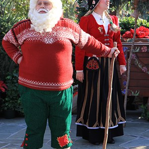 4 of 4: Holidays Around the World at Epcot - Holiday Storytellers - Norway - Merry Mischief