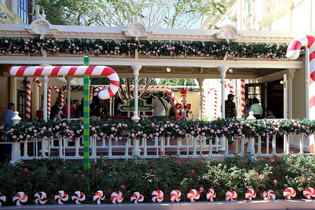 Holidays decorations at the Magic Kingdom 2011