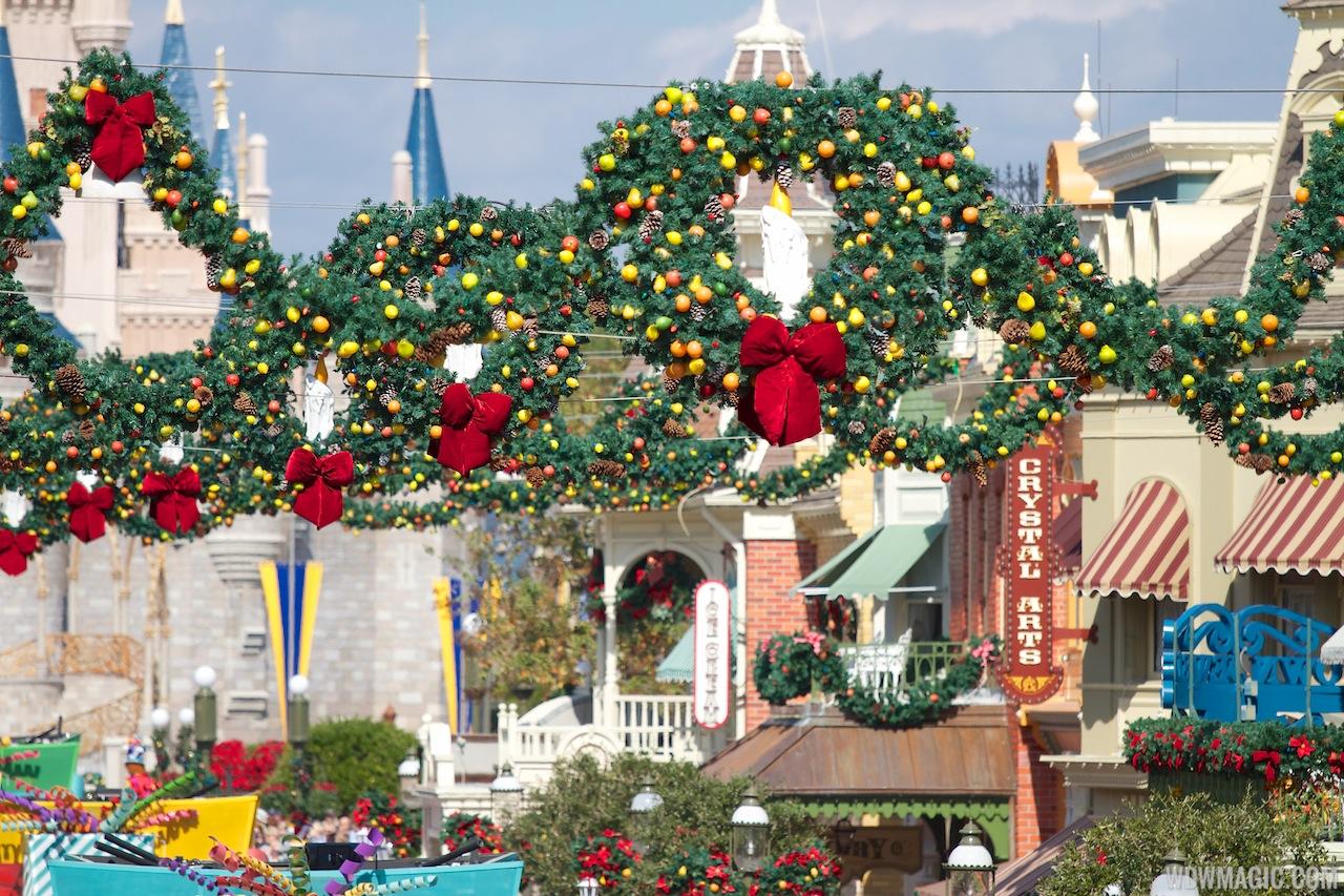 Holidays Decorations At The Magic Kingdom 2012 Photo 22