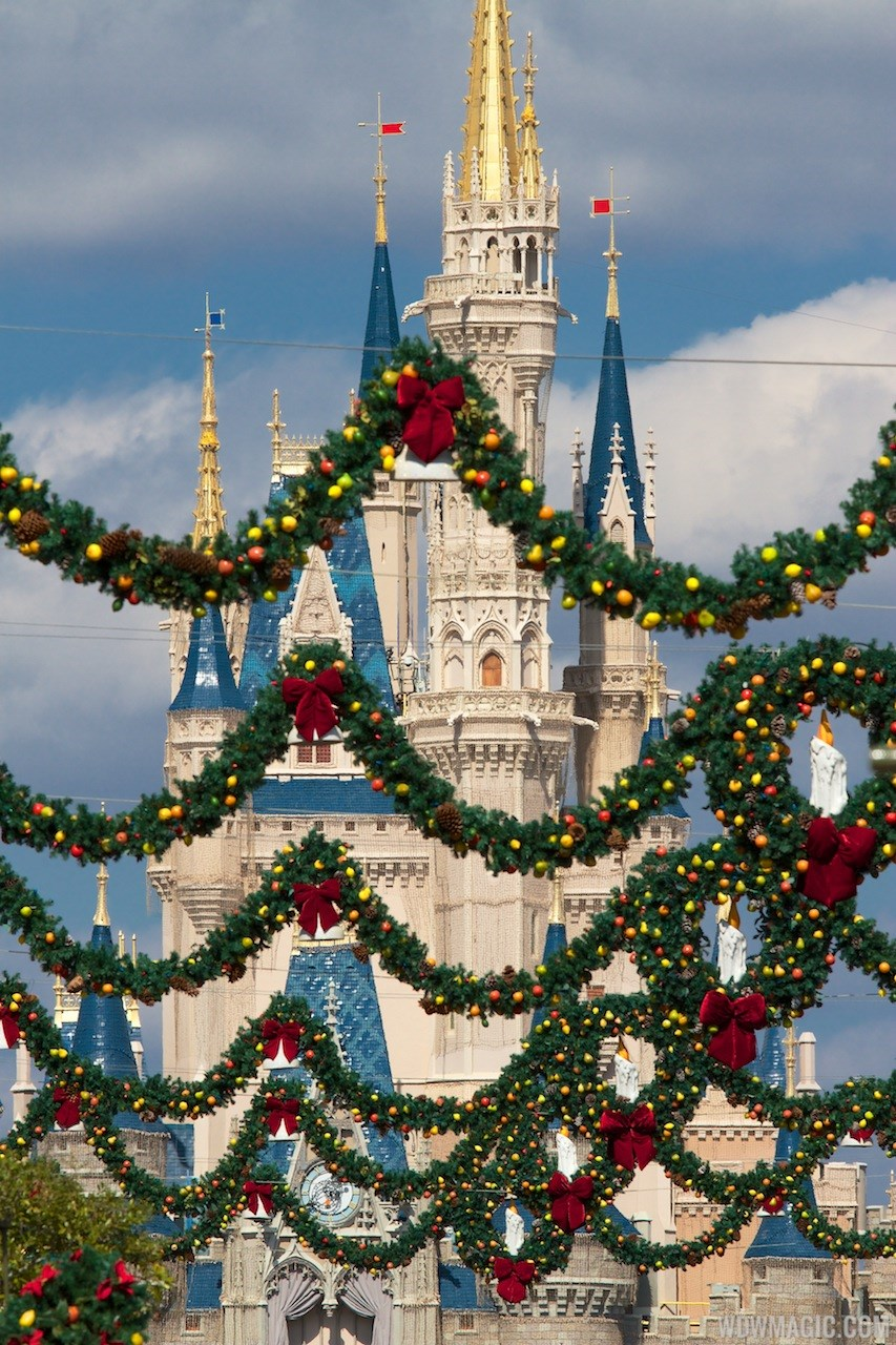 Holidays decorations at the Magic Kingdom 2012