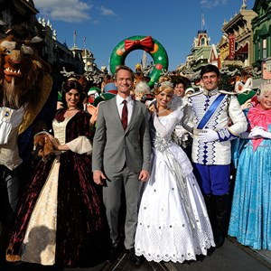 6 of 6: Holidays at the Magic Kingdom - Neil Patrick Harris Performs and Hosts Disney Parks Christmas Day Parade TV Special 2013