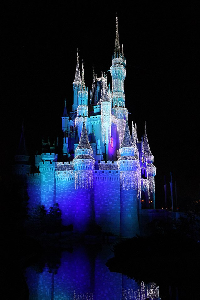 Holidays at the Magic Kingdom - 200,000 LEDs cover Cinderella Castle