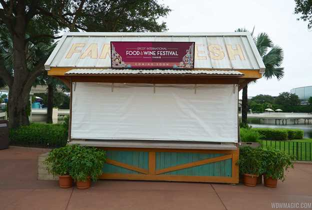 2015 Food and Wine Festival marketplace kiosks installation