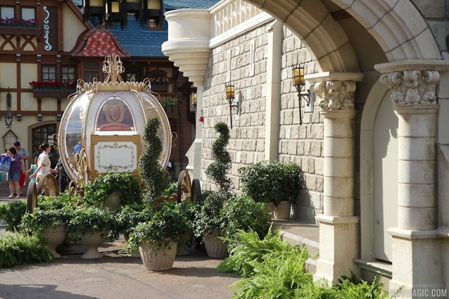 Limited Time Magic - Limited Time Magic True Love week - Cinderella Coach in Fantasyland