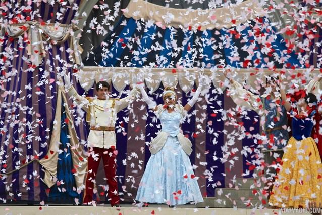 Limited Time Magic - Limited Time Magic's True Love Week - 'A Celebration of True Love' - Confetti bursts
