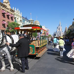 6 of 9: Limited Time Magic - Limited Time Magic's Spring Trolley Show - Main Street USA stop