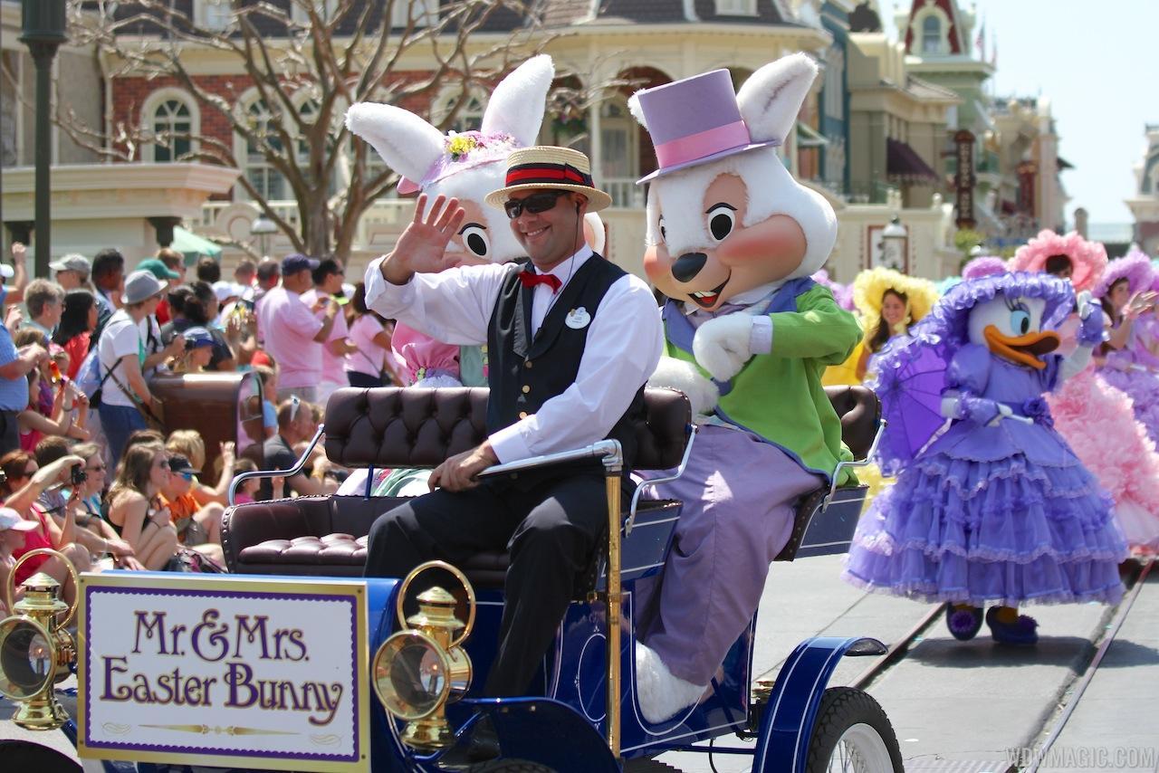 2013 Magic Kingdom Easter pre-parade