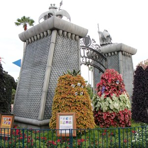 3 of 17: Limited Time Magic - Monsters University Homecoming - Park entrance topiary