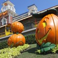 Mickey's Not-So-Scary Halloween Party - Magic Kingdom's 2013 Halloween decorations - Main entrance