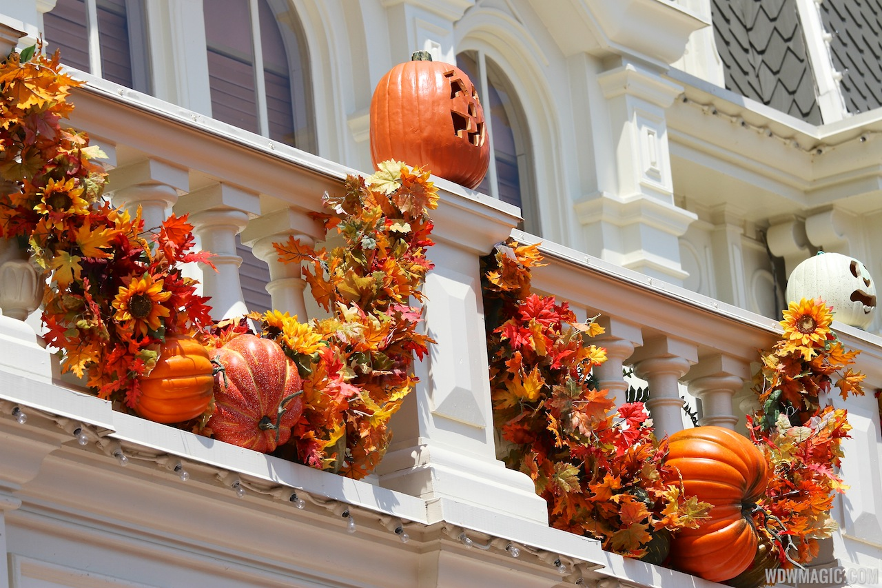 Halloween Decorating Ideas Outside Party - Halloween Comstume