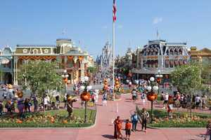 magic kingdoms 2013 halloween decorations a view of main street usa from the train station