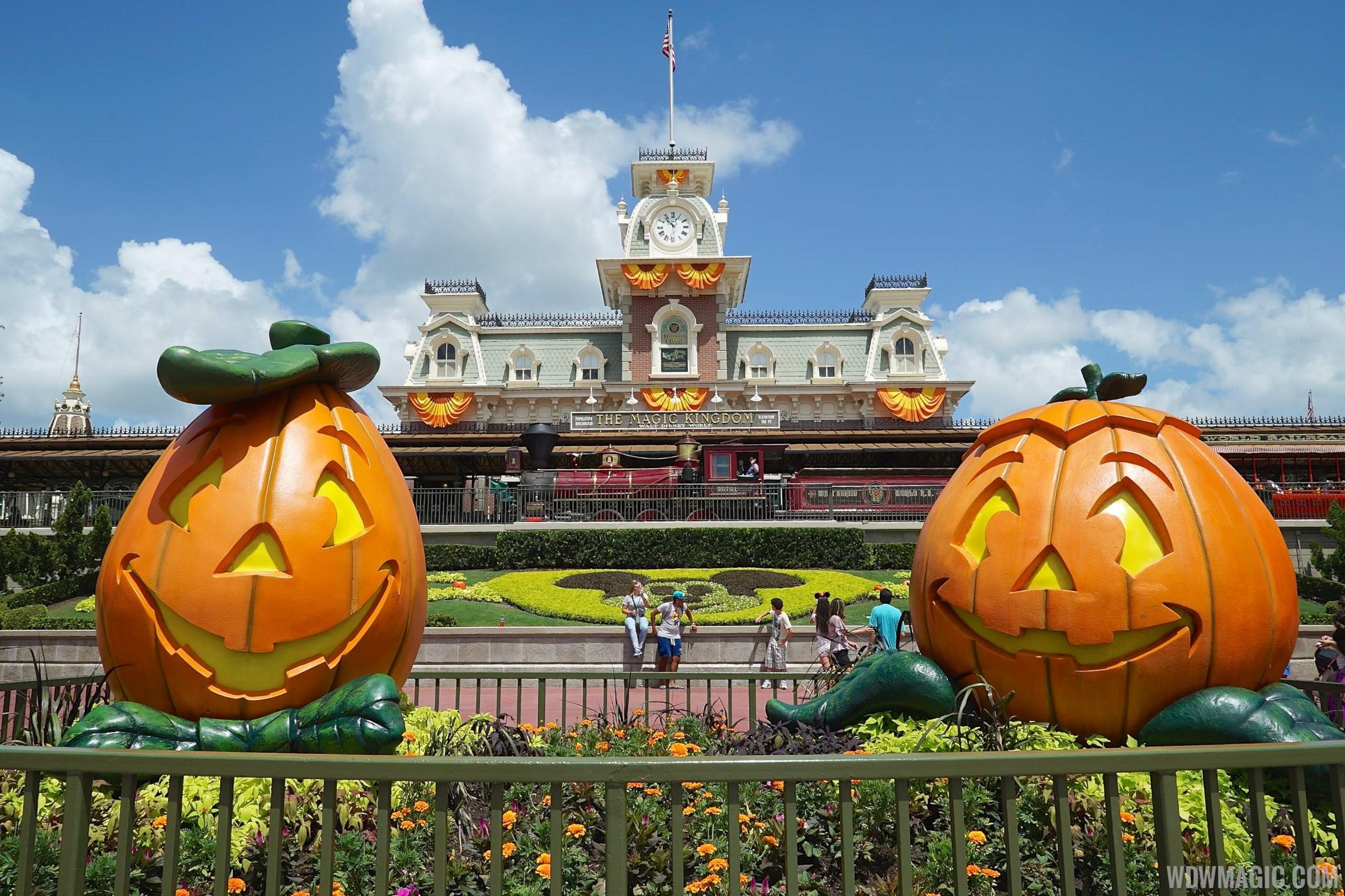 ... halloween not so scary halloween halloween party scary dates halloween