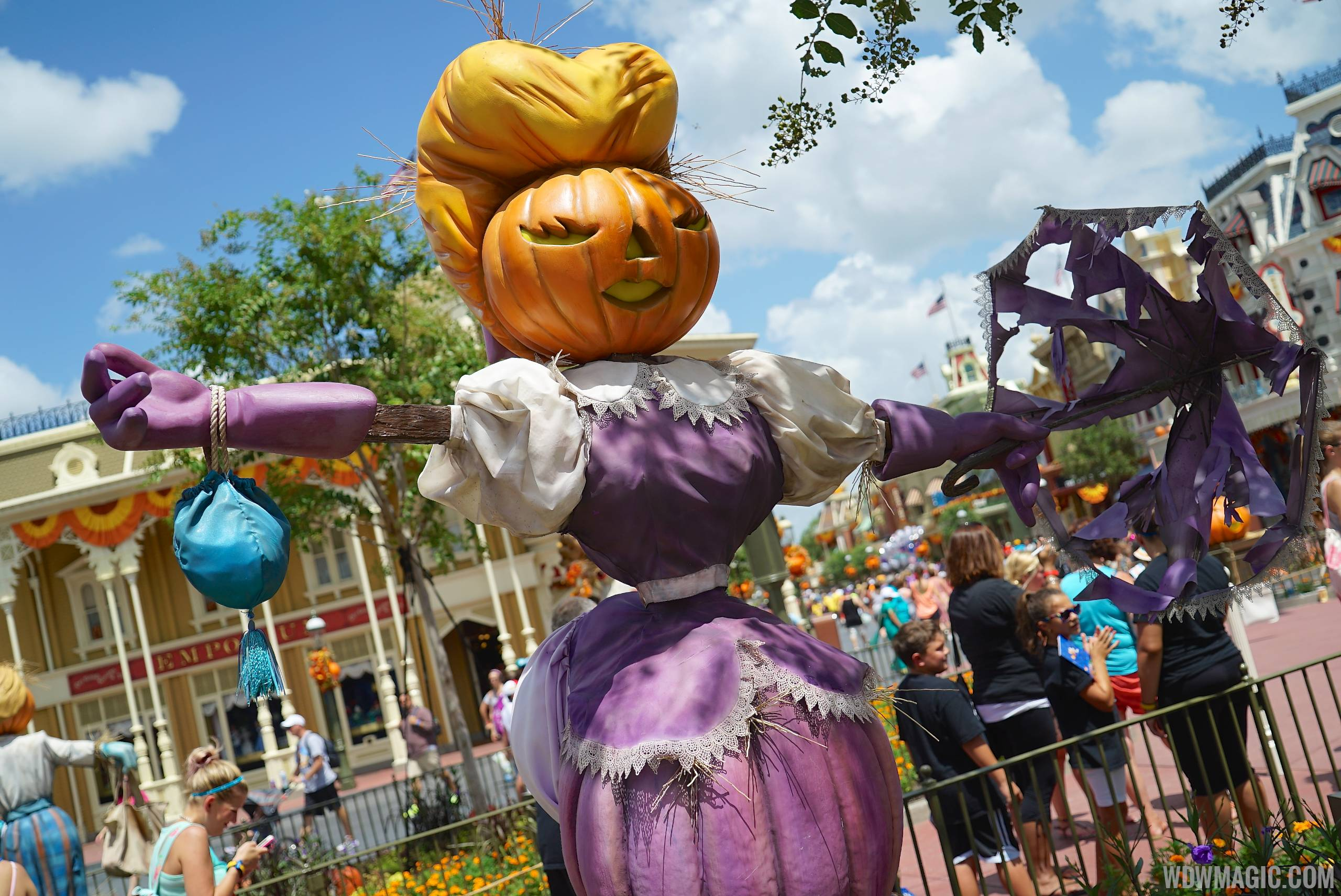 mickeys not so scary halloween party cancelled for sunday