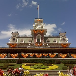 1 of 1: Mickey's Not-So-Scary Halloween Party - Halloween decorations installation