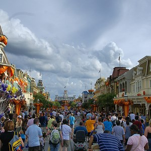 16 of 18: Mickey's Not-So-Scary Halloween Party - Halloween decorations installation