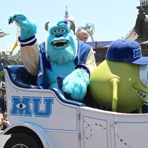 5 of 9: Monstrous Summer - Monstrous Summer pre-parade Mike and Sulley