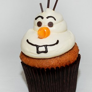 5 of 6: Rock Your Disney Side 24 Hours - Rock Your Disney Side snacks - Olaf Carrot Cupcake