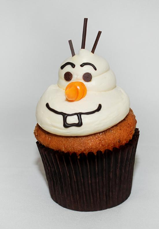 Rock Your Disney Side snacks - Olaf Carrot Cupcake