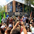 Star Wars Weekends - Celebrity group photo appearance