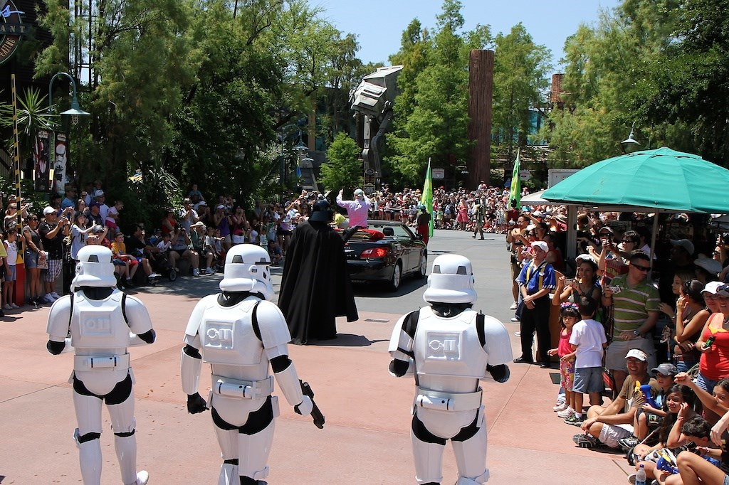 2010 Star Wars Weekends - Celebrity Motorcade - Week 1