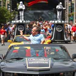 2013 Star Wars Weekends - Weekend 2 Legends of the Force motorcade celebrities