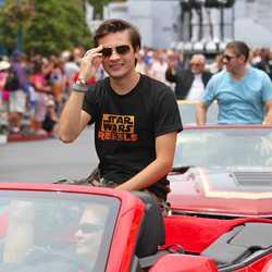2014 Star Wars Weekends - Weekend 3 Legends of the Force motorcade celebrities