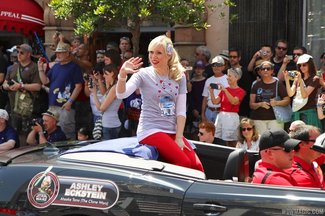 Star Wars Weekends - 2014 Star Wars Weekends - Weekend 4 Legends of the Force motorcade celebrities - Ashley Eckstein