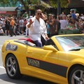 Star Wars Weekends - 2014 Star Wars Weekends - Weekend 4 Legends of the Force motorcade celebrities - Billy Dee Williams