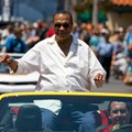Star Wars Weekends - 2014 Star Wars Weekends - Weekend 4 Legends of the Force motorcade celebrities - Billy Dee Williams