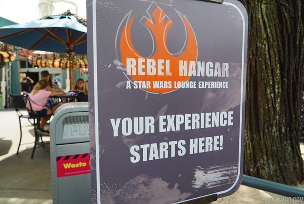 2015 Star Wars Weekends - Rebel Hangar A Star Wars Lounge Experience