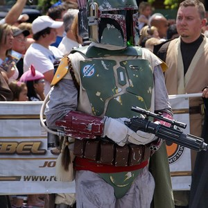 21 of 41: Star Wars Weekends - Photos  from the 2008 Star Wars Weekends Star Wars Motorcade