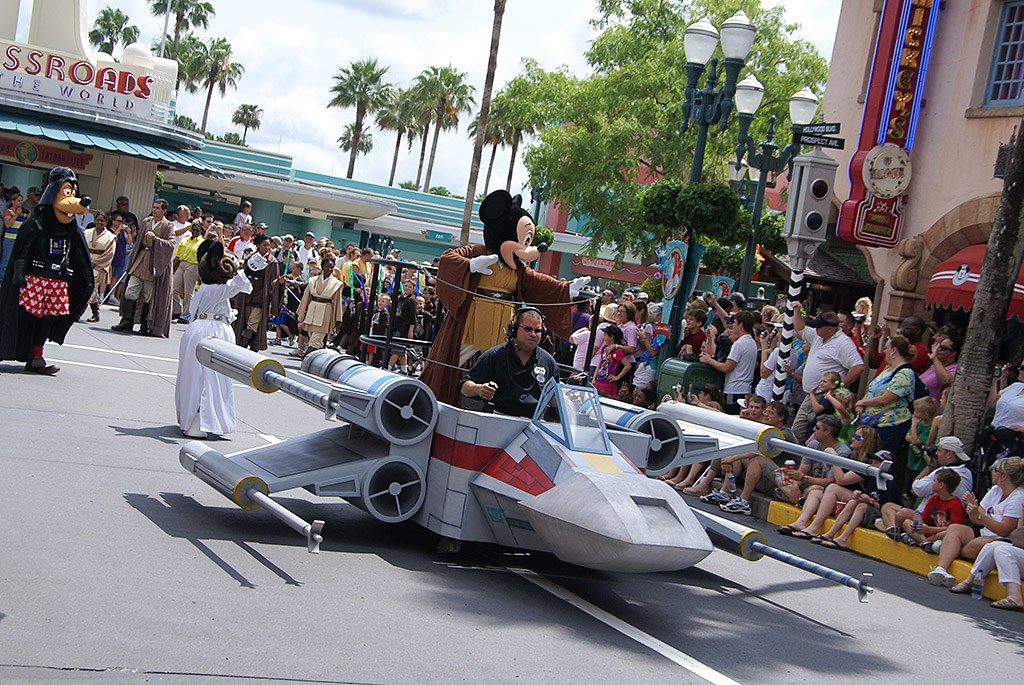 2009 Star Wars Weekends Celebrity Motorcade - opening weekend
