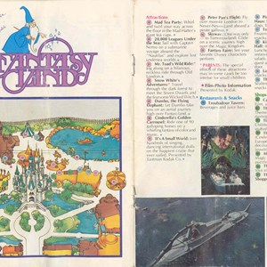 4 of 13: Walt Disney World Park and Resort Maps - Magic Kingdom Guide Book 1982