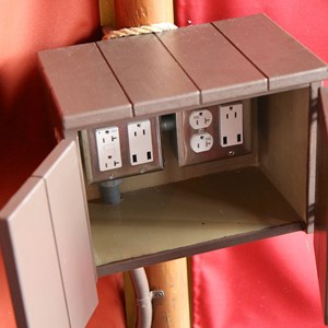 6 of 6: MyMagic+ - USB charging station in Storybook Circus